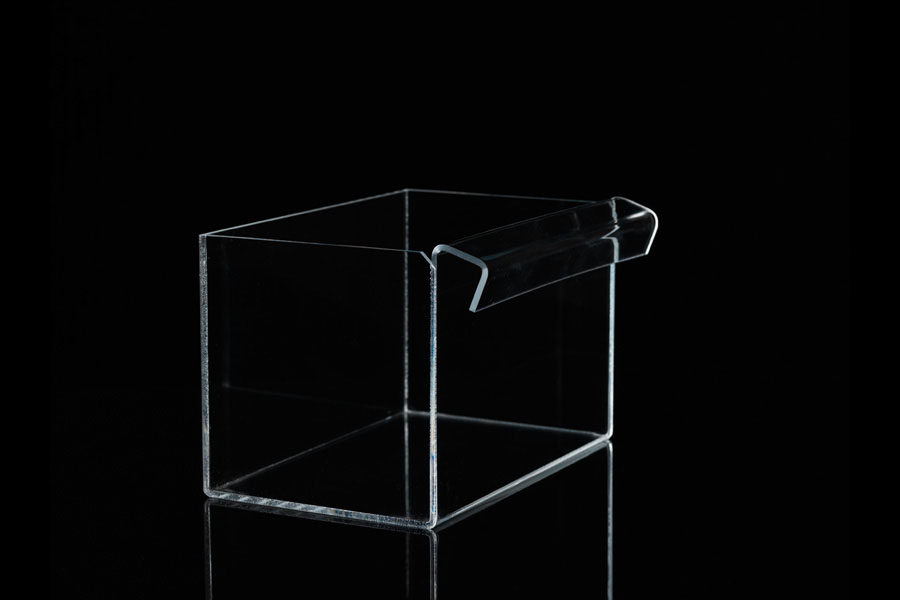 bac transparent plexi avec accrochage